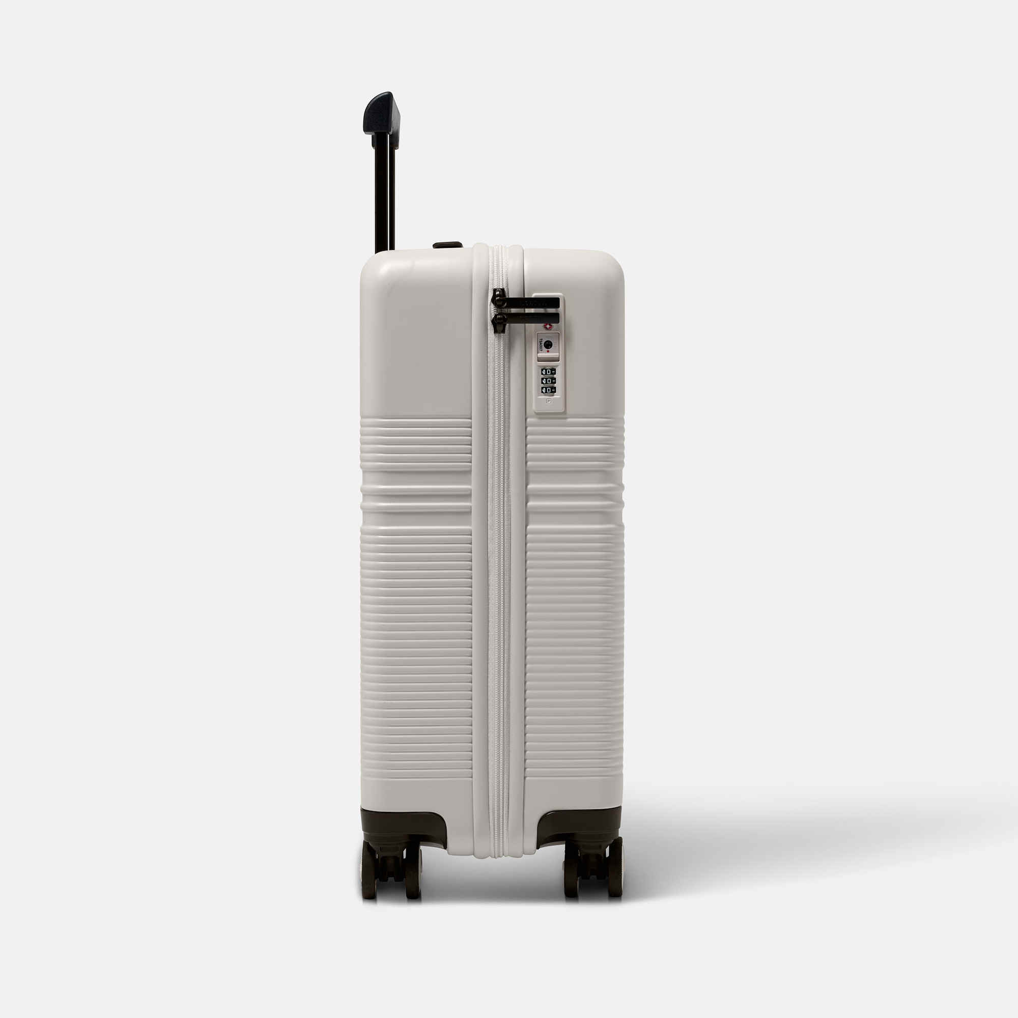 NORTVI sustainable design suitcase Sand white made of durable material.