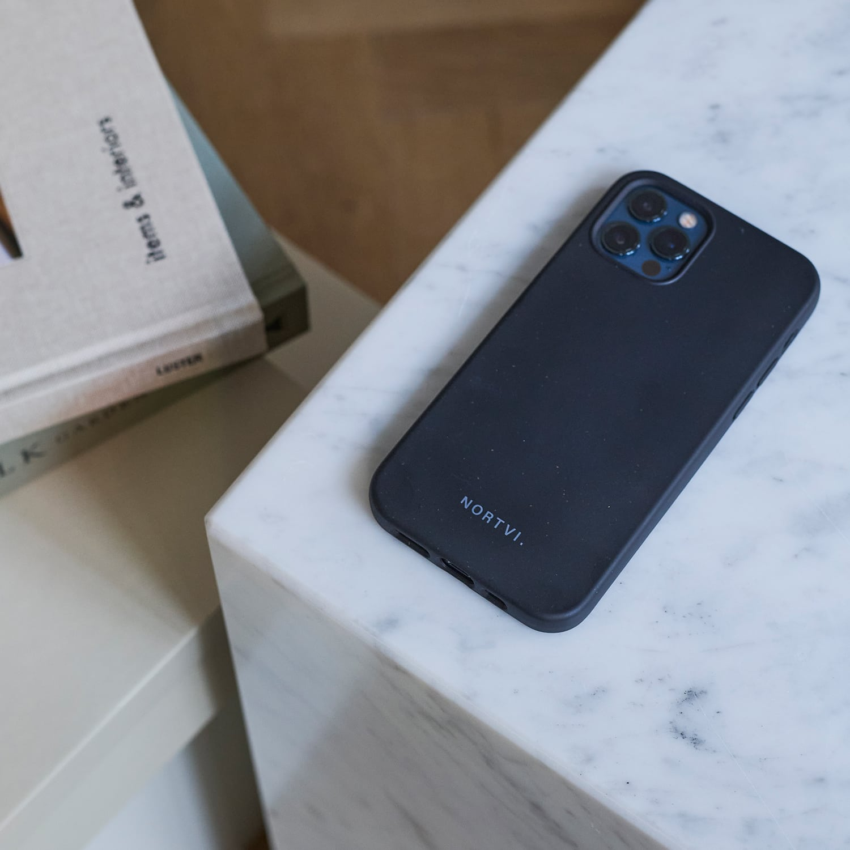 NORTVI black phone case for iPhone 12
