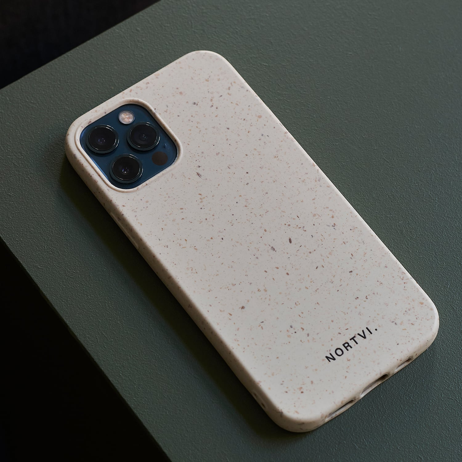 NORTVI white phone case for iPhone 12